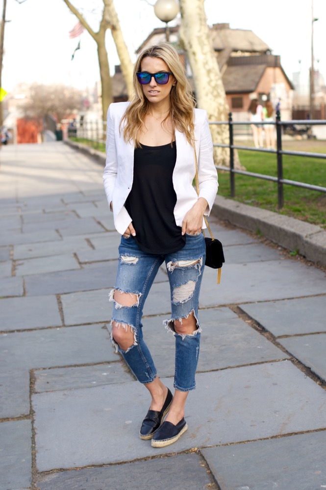 Zara Ripped Jeans, White Blazer - 1 of 12