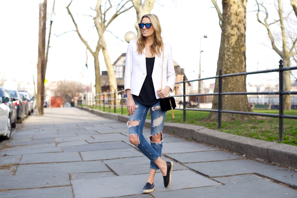 Zara Ripped Jeans, White Blazer - 3 of 12