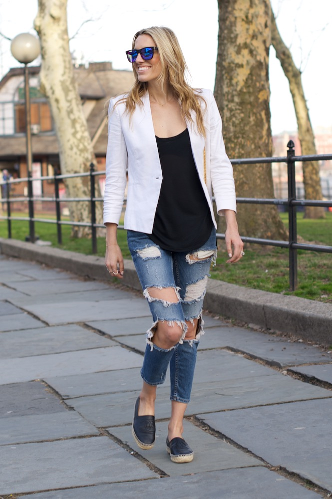 Zara Ripped Jeans, White Blazer - 6 of 12