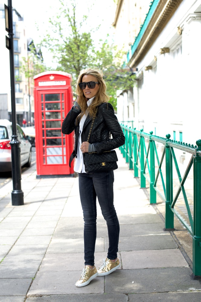 Notting Hill, London, Travel, Chanel, Zara jeans, A.L.C Leather Jacket