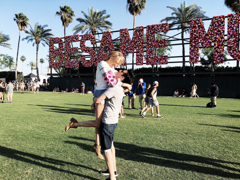 Coachella-Palm-Springs-Travel-Outfits