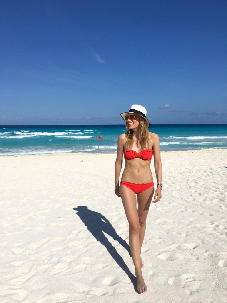 Red Scallop Bikini, Beach Vacation, Mexico, What To Pack