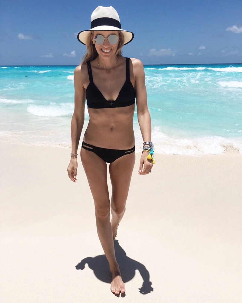 What to pack for a beach getaway, Beach Vacation, Bikini, Hat, Summer Vacation, Mexico