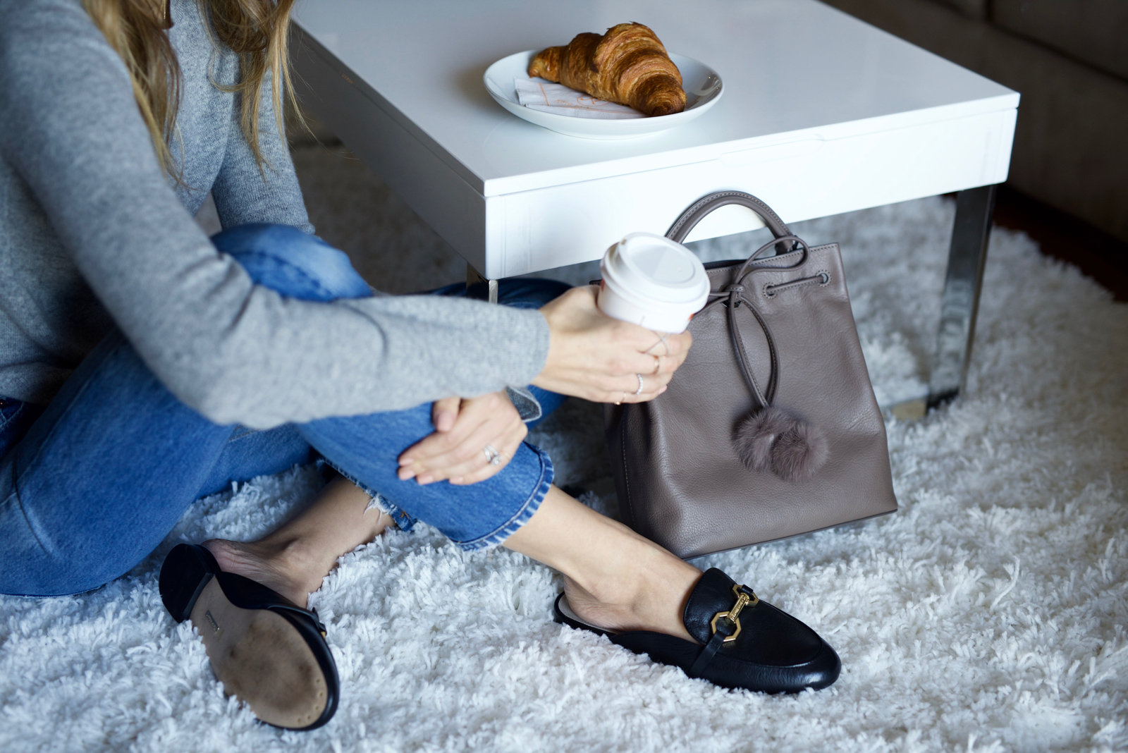 Louise et Cie, Mules, Grey bag, Paris, jeans, croissants