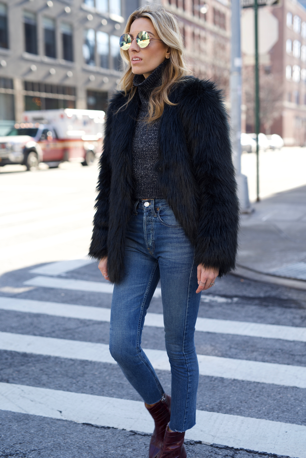 The Best High Waisted Jeans & Cropped Sweaters