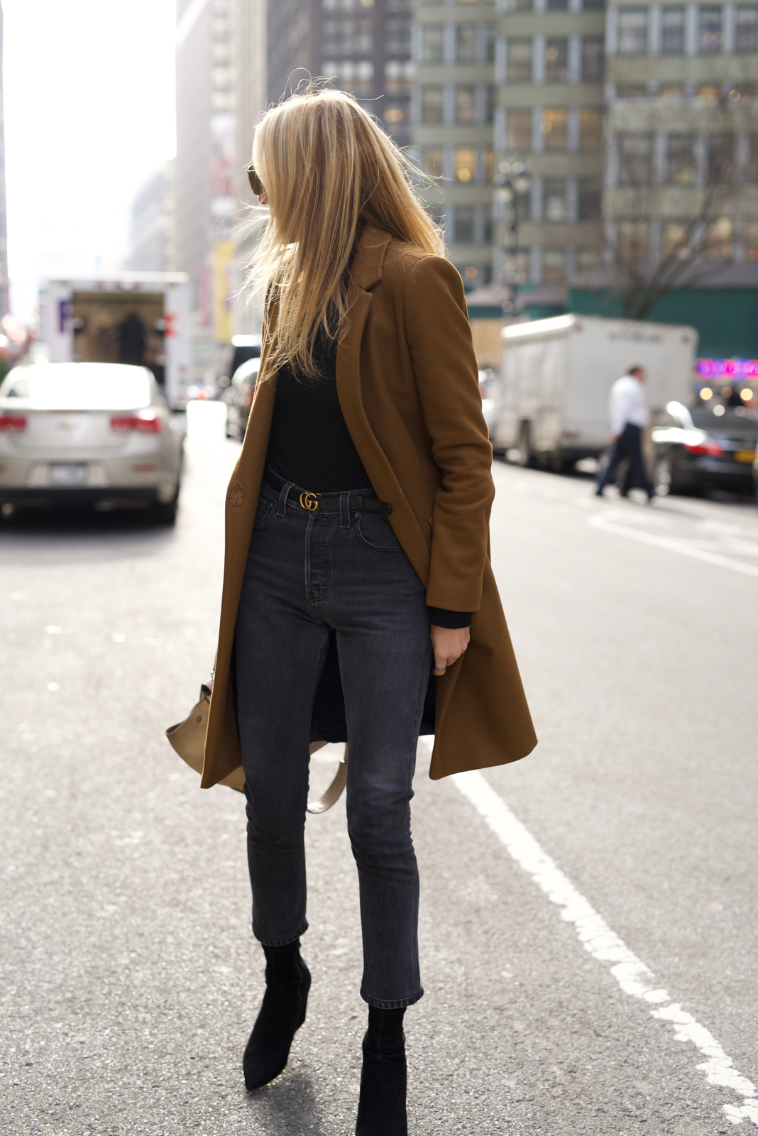 NYC Street Style in All Black with a Camel Coat