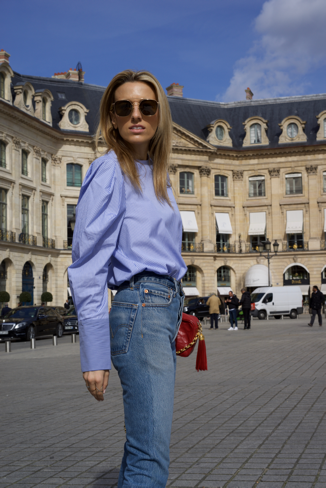 Paris Fashion Week Street Style, PFW, Striped Poplin shirt, Levi's, Chanel