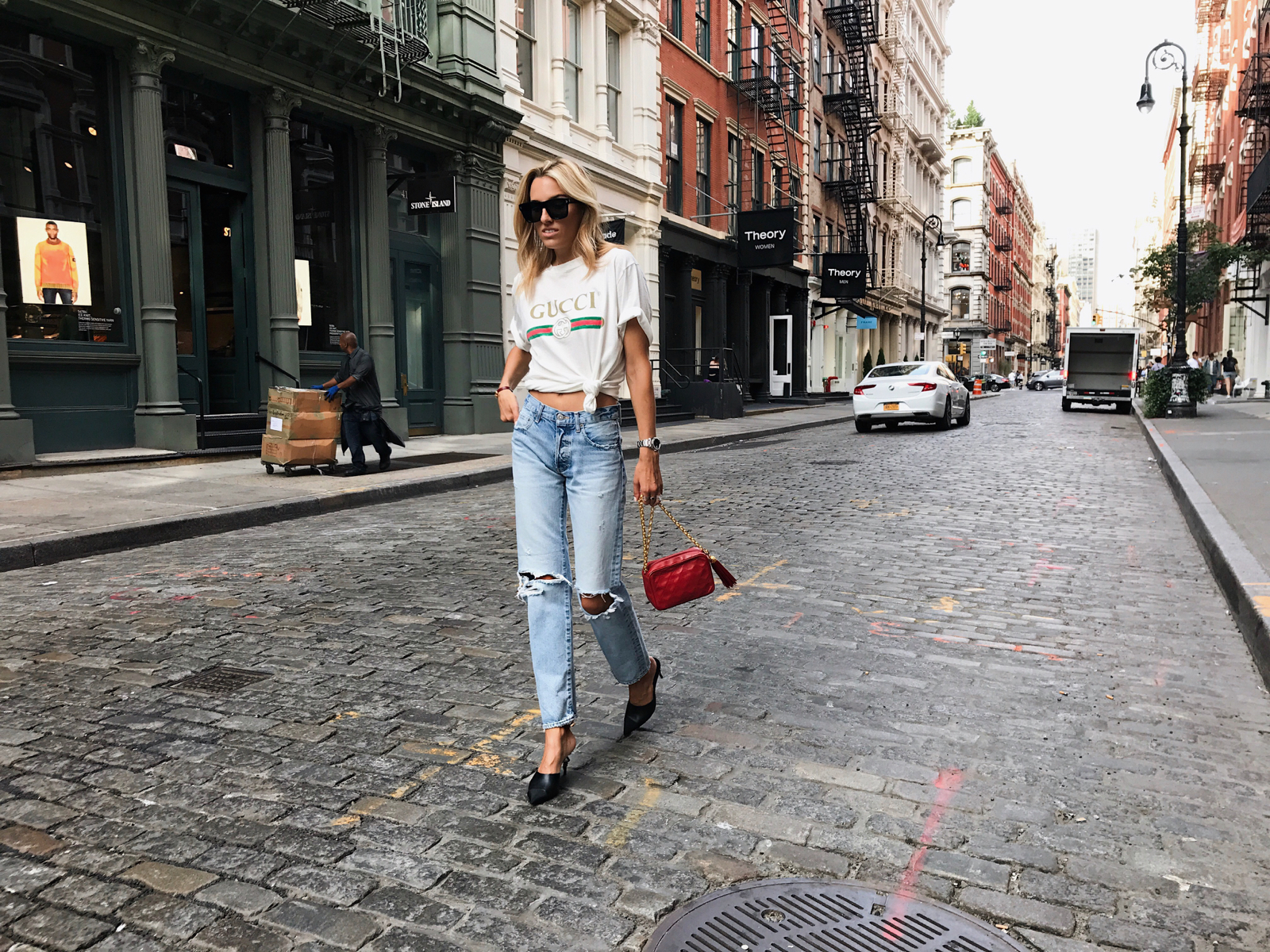 NYFW Street Style Spring 2018, New York Street Style, Chanel, What to Wear to Fashion Week, Gucci tee